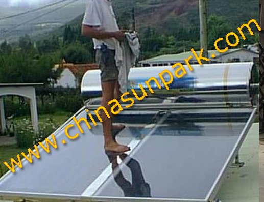 300L+2 pcs solar panel+flat panel solar water heater(China (Mainland))