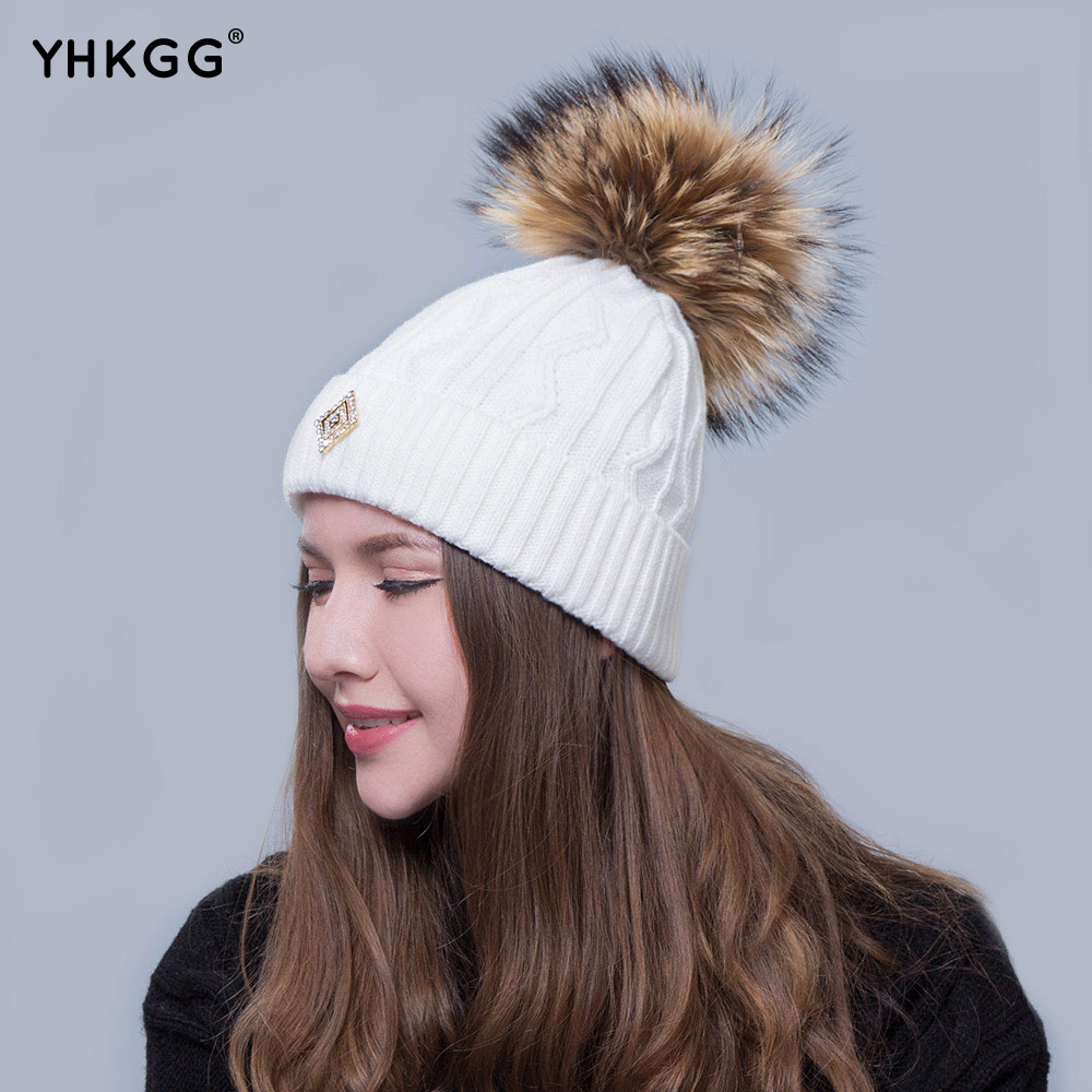 2016 fashion hat Simple and easy twist grain A warm hat lovely hair bulb(China (Mainland))