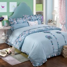 Luxury Embroidery sunflowers bedding sets 4PCS 100% cotton high quality(1duvet cover +1 bed sheet +2 pillow case)queen king(China (Mainland))