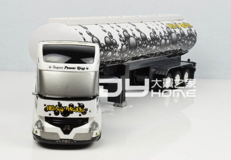 Kingtoy Remote Control Truck Big Size Detachable 1:32 6CH R/C Container truck Toy with lights and sounds free shipping(China (Mainland))