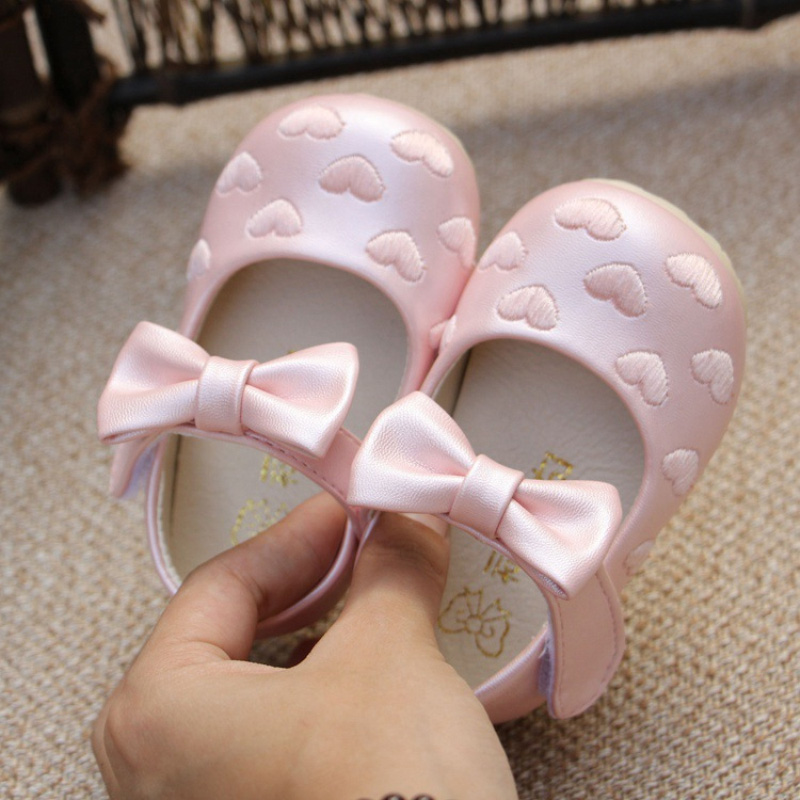 newborn baby girl moccasins PU leather heart pink white princess shoes kids toddler girls wedding party shoe first walker(China (Mainland))