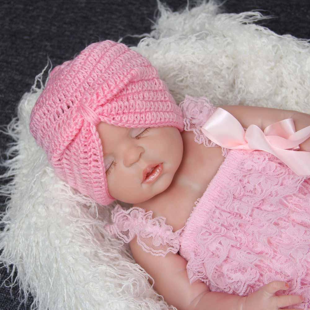 Вязание шапочек для новорожденных на зиму