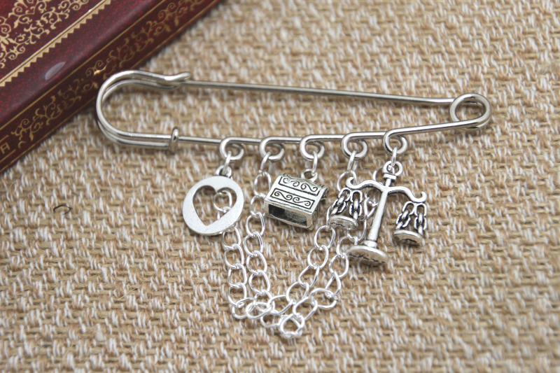 12pcs Shakespeare inspired Merchant of Venice themed charm with chain font b kilt b font pin
