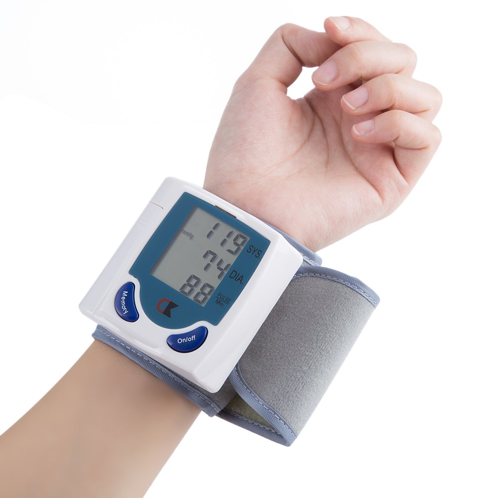 High-Accuracy Blood Pressure Power Saving Device Health Care Digital Upper Automatic Wrist Blood Pressure Monitor(China (Mainland))