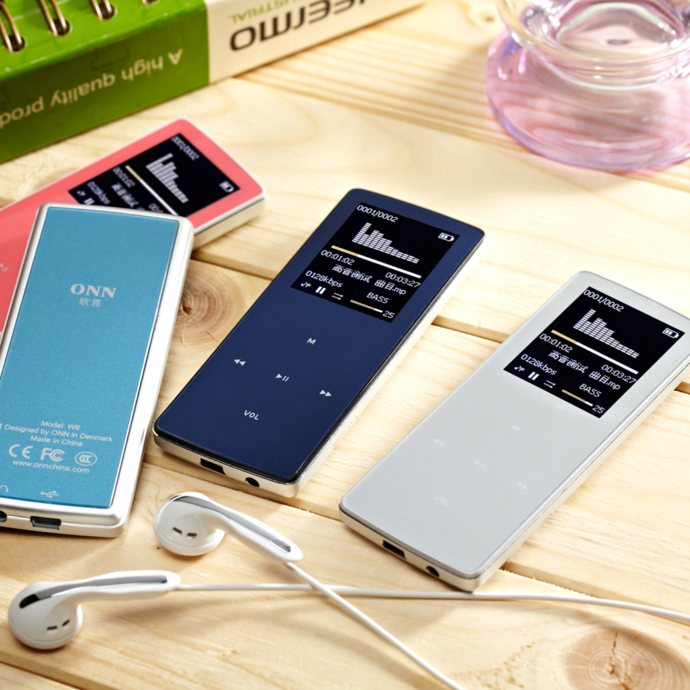 High quality battery ONN W6 Mini 8GB Bluetooth mp3 FM Radio Music Media Audio 30hours FM
