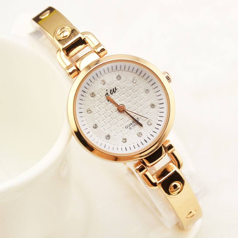 Free Shipping (20Pcs/Lot) The 2015 New Hot Circular Fashion Lovely Simple Quartz Bracelet Lady Watch /Just 1 Color(China (Mainland))