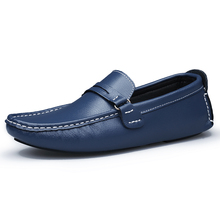 Genuine leather Handmade Men Loafers Shoes Casual Men's Flats Design Man Driving Shoes Soft Bottom Leather Shoes Size 45 46 47
