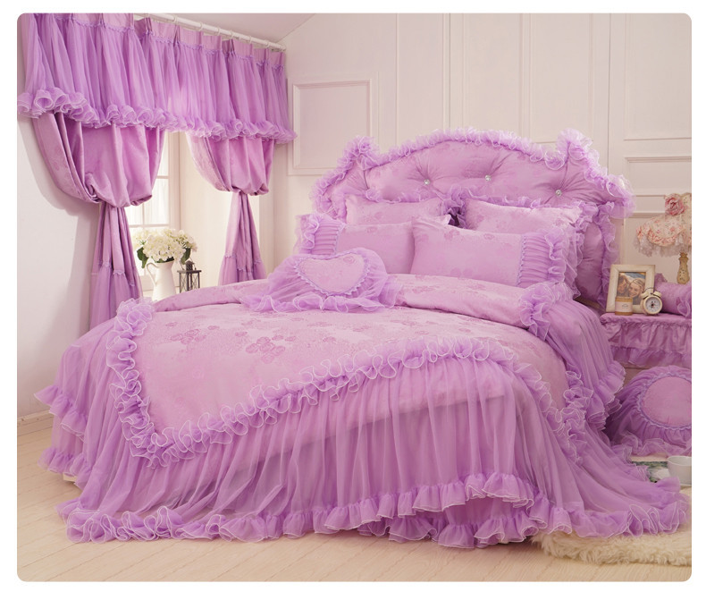 Korean satin jacquard lace bed skirts bedding sets king size,purple 4pcs Romantic love cotton wedding bedspreads duvet cover(China (Mainland))