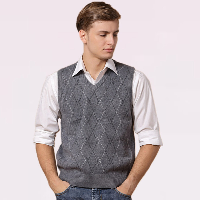 Free Shipping New Autumn And Winter Men's Sweater Vests Fashion Argyle Knitted Pullovers Waistcoat Sleeveless Knitwear Clothing(China (Mainland))