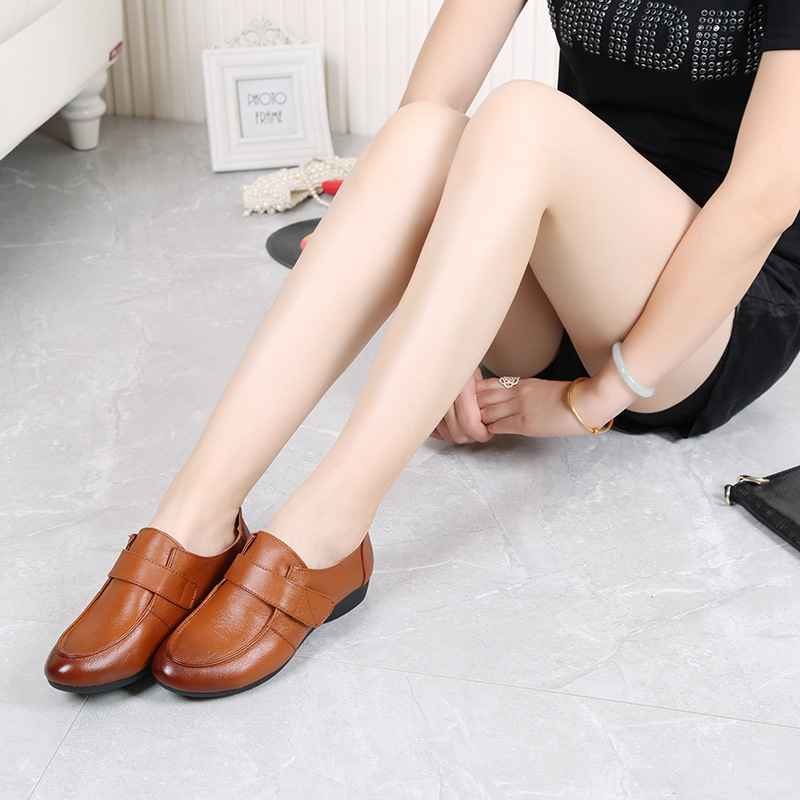 Comfortable Soft Bottom Flat With Round Leather Shoes Bow Non-Slip Mother Shoes Women Middle-Aged 2016 Spring And Autumn Size 41