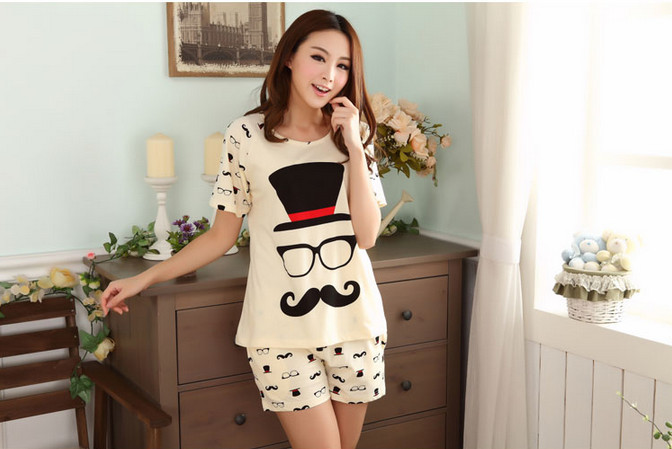 In the summer of 2015 with lovely cartoon cute cartoon short sleeve shorts pajamas suit at home Big yards Free Shipping(China (Mainland))