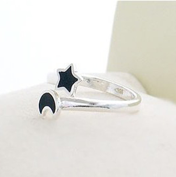 New 2015 Women's Summer Fashion Jewelry Moon and Star Shape Color Change Mood Ring Emotion Feeling Changeable free shipping(China (Mainland))
