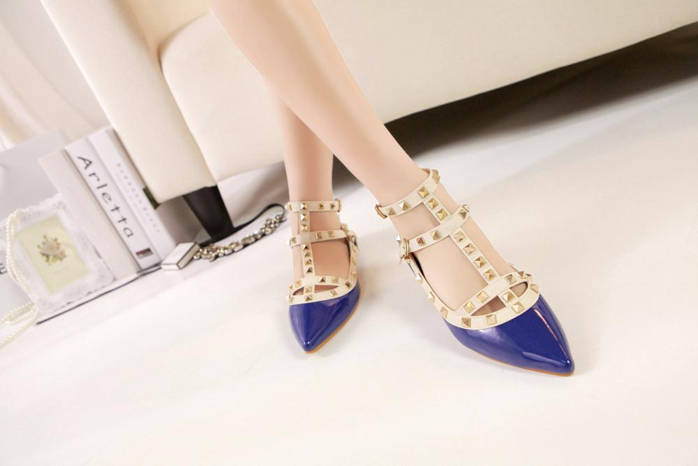 2016 Rivets Pointed Toe Flat Shoes Peppers Rome Strap Summer Sandals High Quality Buckle Sapatos Femininos Tip Women Flats