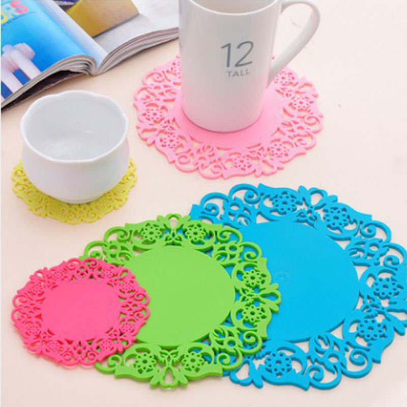 Hot Coming 2PCS/Lot Nonslip Heat Resistant Floral Lace Silicone Table Mat Cup Coaster Pan Placemat Pad(China (Mainland))