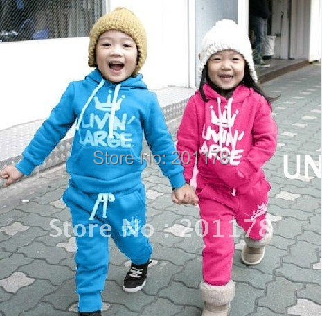 free shipping 2 color 5sets/lot winter style letter printing babys suits kids suiits 20121009A<br><br>Aliexpress