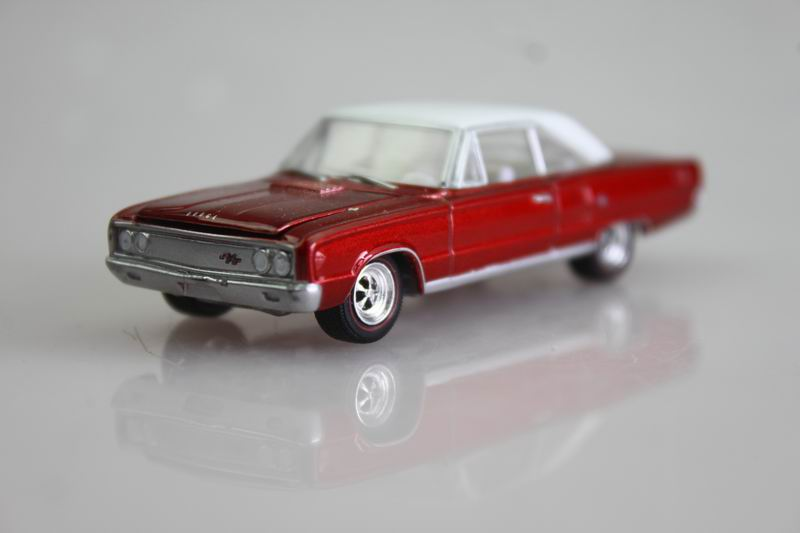 Muscle Car GreenLight 1/64 1967 Dodge Coronet R/T Alloy car model Rice white limousine(China (Mainland))