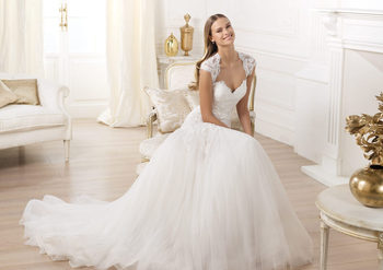 White/Ivory Fashion New Free shipping A Line Standard Code Bridal Gown Wedding Dresses