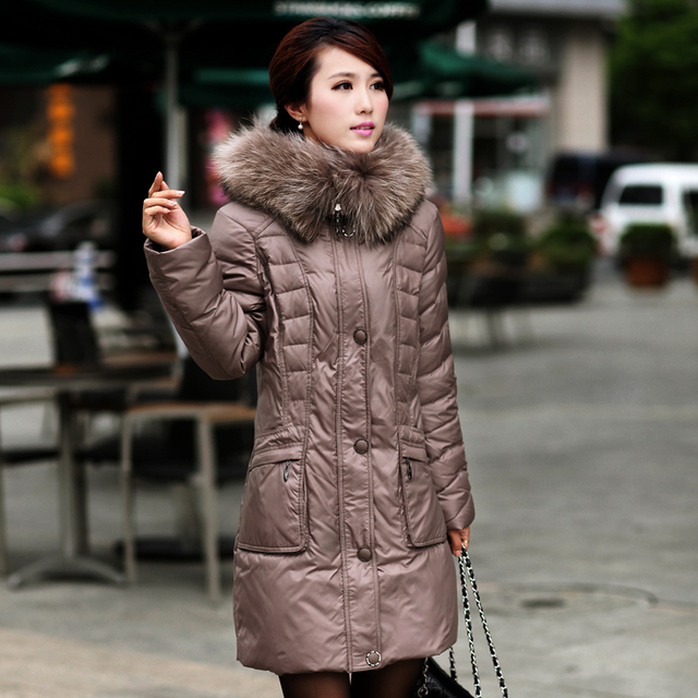 Winter Jacket Women 2015  Plus Size White Goose Down Coat Real Raccoon Fur Collar Down Coat Women Winter Down Parka Women 175