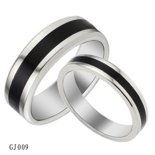 2015 New Black Couple Rings Wedding Rings 316L stainless steel Pure Titanium Woman Man Jewelry Christmas Gift Free Shipping(China (Mainland))