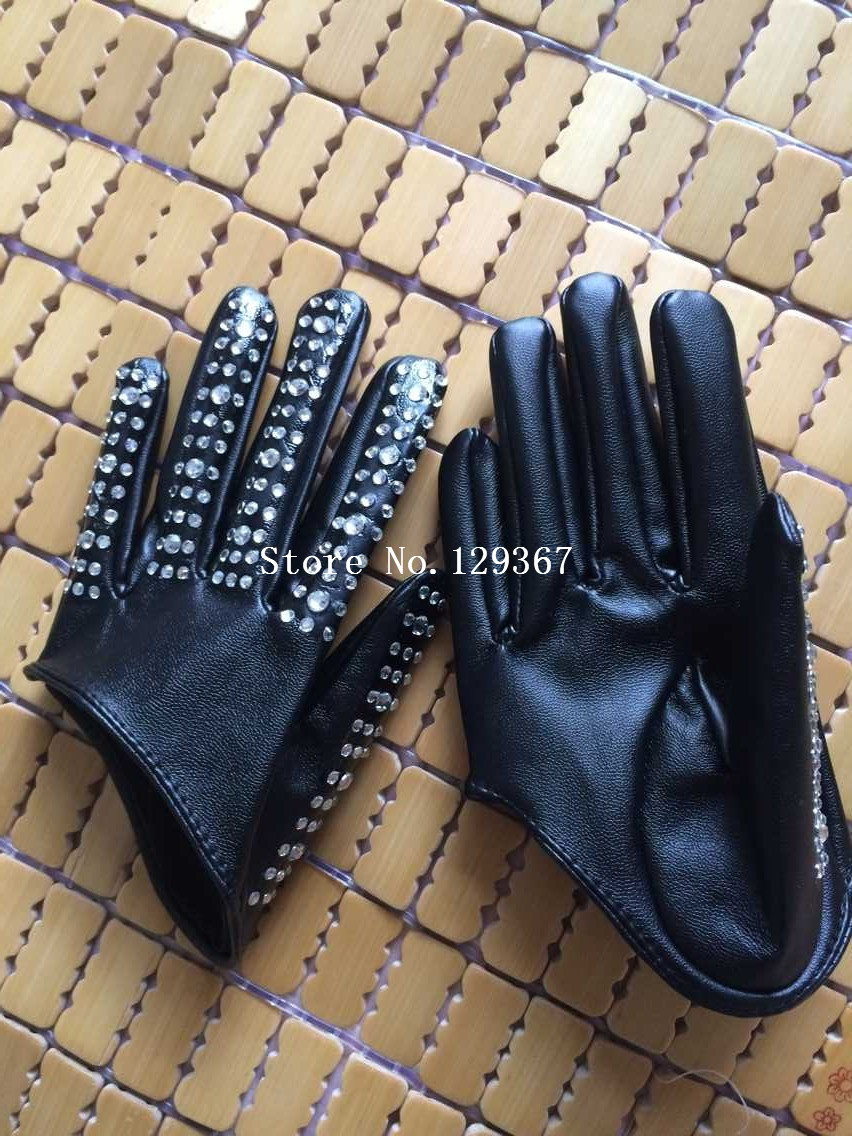 2015 women s fashion half palm Gloves lady s red white black PU leather gloves hip