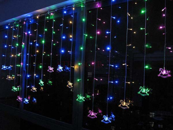 Multicolor 2 x 1M 104 LEDs 16p Crystal Carrousel Merry-go-round LED Curtain Light Christmas Wedding Party Decoration Lights(China (Mainland))
