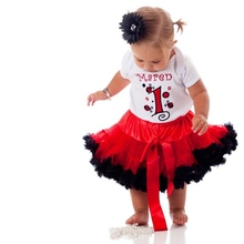 2015 new fashion summer newborn babys tulle petticoat red/black cute bow top design quality infants summer party clothes(China (Mainland))