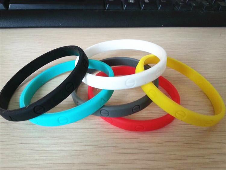 Резиновые браслеты на руку своими руками как называются 3