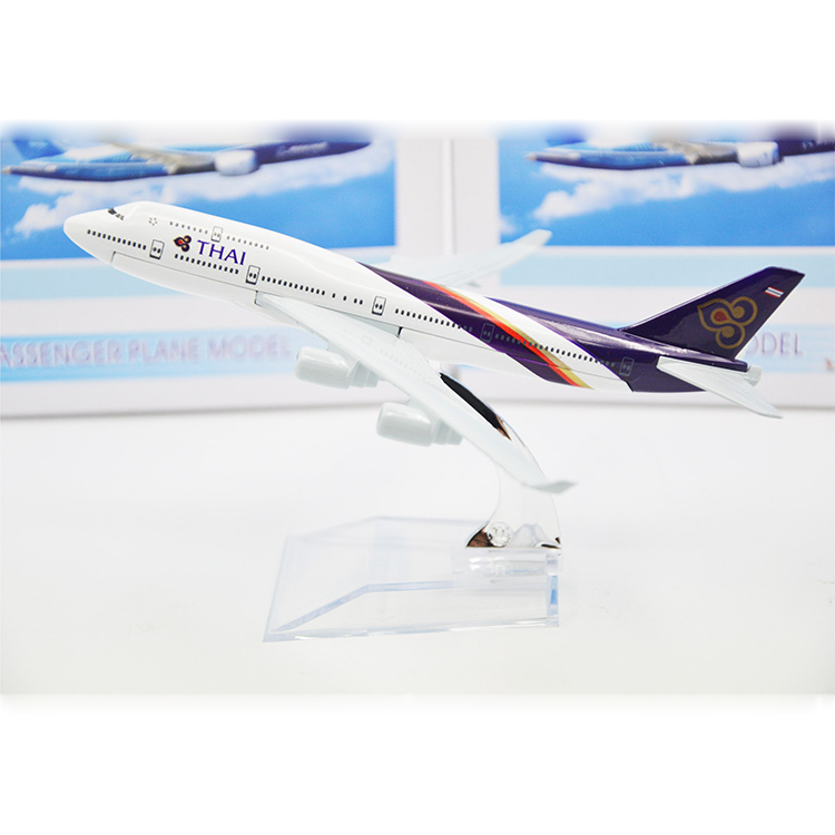 New 16cm Metal Airplane Model THAI Airlines Plane Model Airbus A380 Kids Toy&Adults Aircrafts Gift For Collections Free Shipping(China (Mainland))