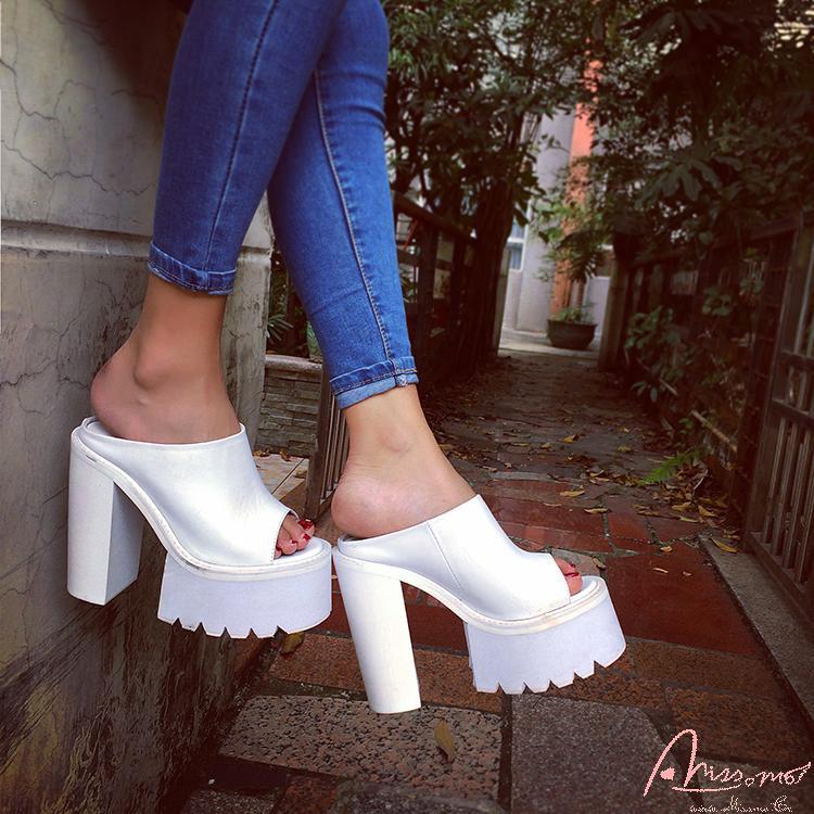 The new summer 2015 fashion street snap Ms popular joker waterproof high-heeled sandals<br><br>Aliexpress