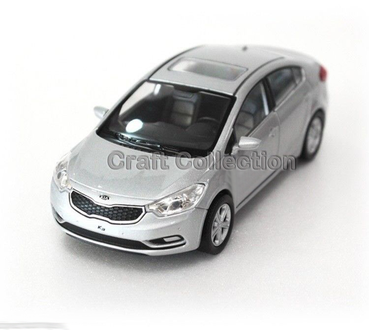 Silver 1/38 Kia K3 CERATO FORTIS Diecast Metal Mini Car Scale Model Toys Building Vehicle Classic Miniature Craft - Collection store