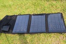 High Quality 10.5W Foldable Solar Charger Mono Solar Panel Chager For iphone /Mobile Power Bank Battery Charger
