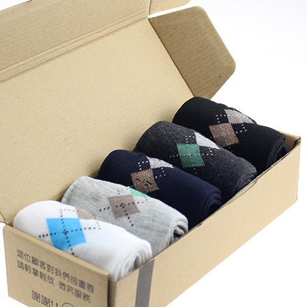 Free shipping Hot Sale new Fashion brand quality men's socks rhombus Printing casual sports sock for men 5 colors free shipping(China (Mainland))