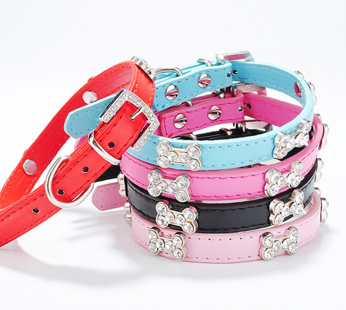 Hot!!!diamond Head Decoration Pet Dog Collars For Dogs Products Pet Products Dog Collar And Leash Color Random(China (Mainland))