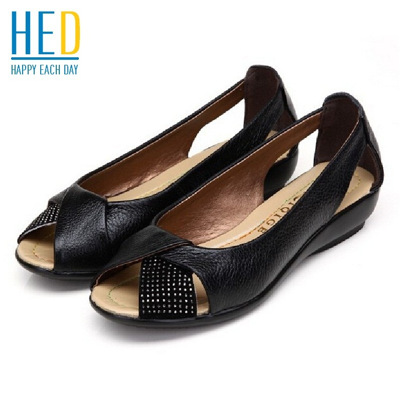 Plus size 35-43 genuine leather shoes peep toe women sandals fashion crystal summer flat shoes woman sandalias femininas(China (Mainland))