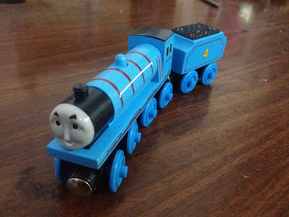 Gordon&Gordon's Tender 2pcs Thomas and Friends Wooden Trains Model Magnetic Train Toys Great Christmas Gift for Kids Children(China (Mainland))