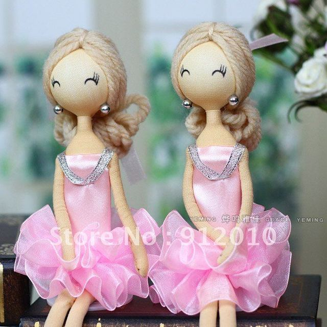 Holiday Sale Popular Charming Pink Skirt Handmade ClothBallet Girl Doll Long Hair Home Decoration 28cm Free Shippping