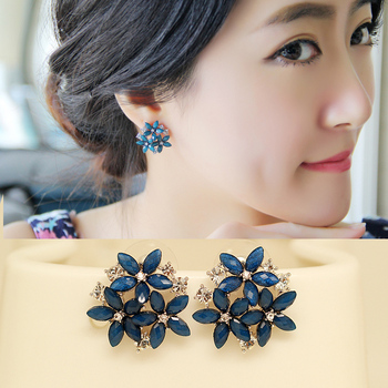 2015 fashion crystal stud earrings 3 flower red blue black green brincos pendientes earrings for women E2234