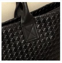 2015 HOT sale Women Handbag Special Offer PU Leather bags fashionable Women messenger bag Shoulder Crossbody