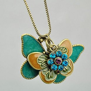 Retro hollow butterfly necklace chain sweater multi-national air minimalist small fresh Sen female line personality(China (Mainland))