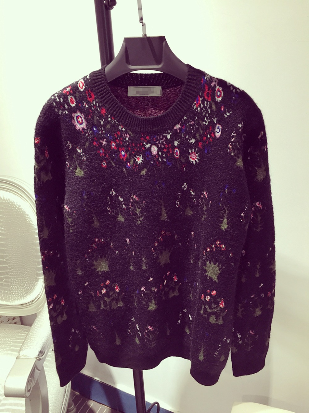 15 Pre fall VT-STYLE  Embossed Embroidery Various Flowers Pullovers Sweater Floral Sweater Haute couture Free Shipping