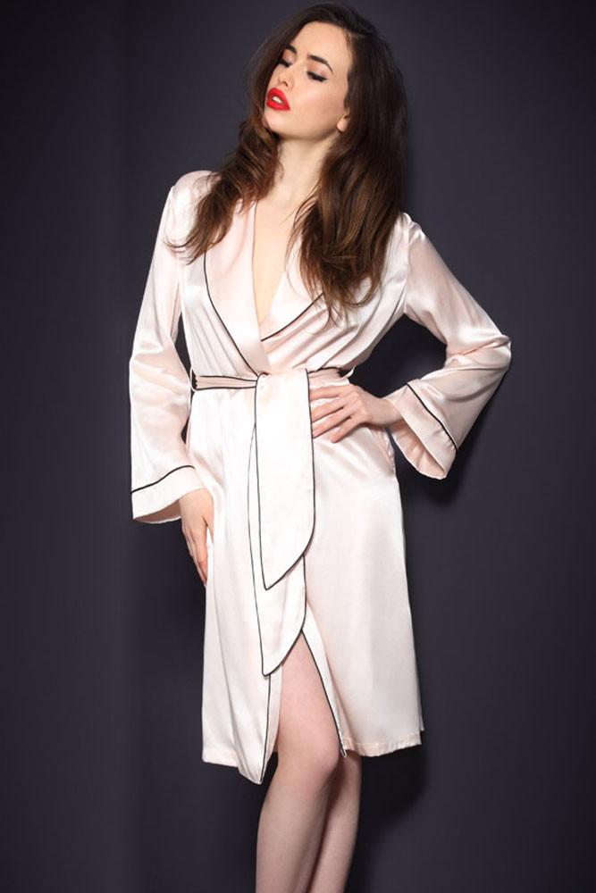 2018 Neue Frauen 2 Stück Schlaf Top Hosen Anzug Sexy Nacht Robe Nachtwäsche Sets Casual Sommer Pyjamas Schlaf Nachtwäsche Kimono Bad Kleid Tropf-Trocken Nachthemd & Bademantel-sets Damen-nachtwäsche