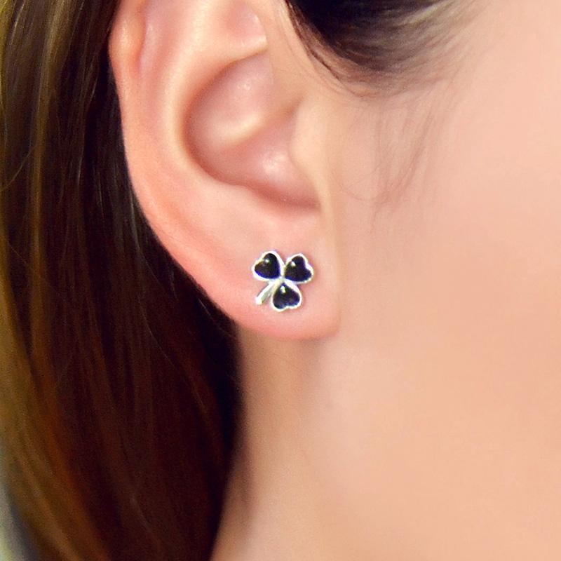 2016 New Fashion 925 sterling silver Earrings Women Fine Ear Jewelry Black Enamel Clover Earrings Wedding Gift(China (Mainland))