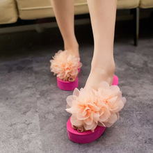 Thick crust muffin slippers female flowers spring designer shoes clip toe sandals casual beach sandals tide S0038(China (Mainland))