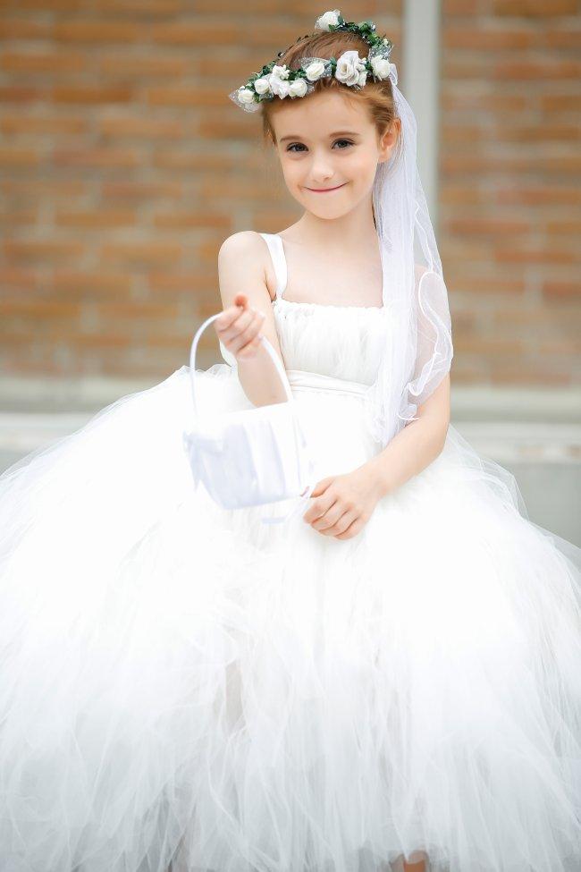 Children clothing Girls clothes Trailing dress Wedding dresses/High-grade Flower girl Dovetail Dresses Tutu Princess costume<br><br>Aliexpress