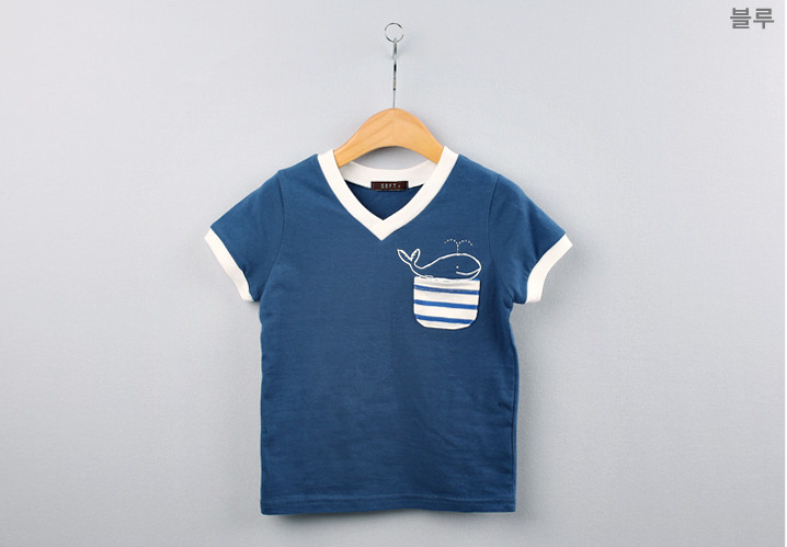 Summer children s T shirt delicate dolphin pattern cotton short sleeved T shirt Outwear Baby