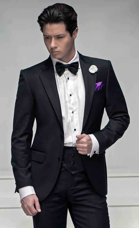 New Arrival Italian Black Wedding Suits For Men Notched Lapel Groom Tuxedos Two Piece Mens Suits Slim Fit Groomsmen Suit