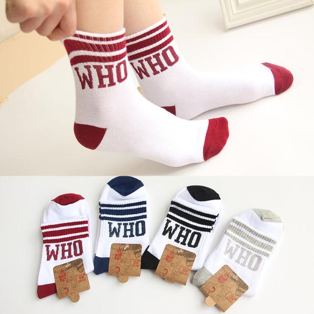 Милый корейских женщин белый спортивные носки с буквы , которые новинка прохладный три полосы носки чистые Cotoon короткие носки для девочек женщин