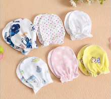 Cheap Free Shipping Infant baby mittens Anti-catch Warm Breathable Perspiration Cotton gloves  baby Skin-friendly Cotton gloves