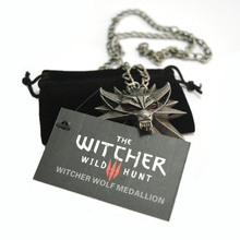 1 Bag and 1 Card The Witcher 3 Wild Hunt Medallion Pendant and Chain Necklace (China (Mainland))