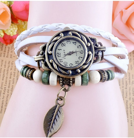 Luxury Leather Lady Watches Women Dress Wristwatch Casual leaf Pendant Vintage female Bangle Clock Bracelet for Girls 7 colors75(China (Mainland))